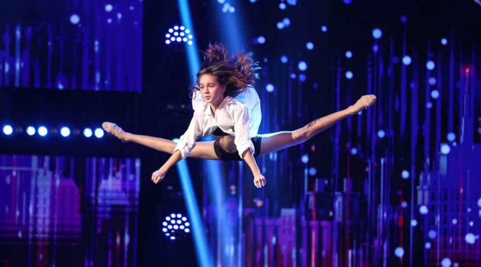 Românii au talent 2021: Raisa Gogu a impresionat profund juriul și publicul cu un număr de dans acrobatic