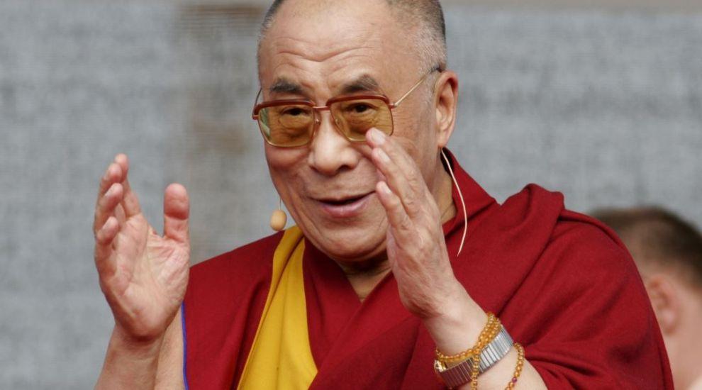 Dalai Lama s-a vaccinat! Care e starea acestuia și ce mesaj are?