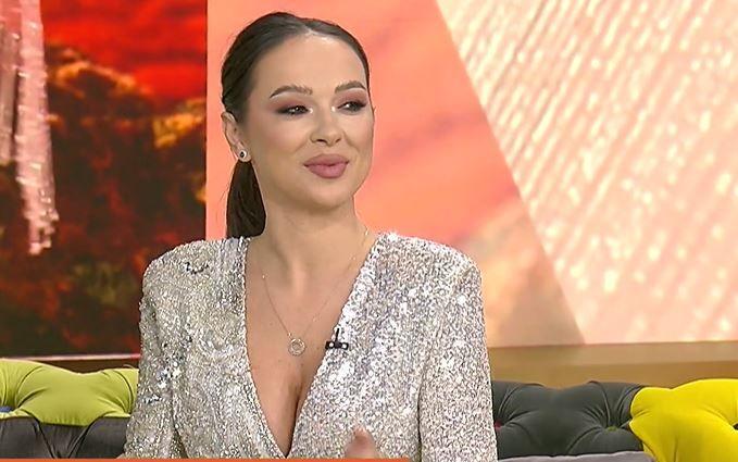 """Vlăduța Lupău, apariție spectaculoasă în emisiunea La Măruță. """"Soțul mi-a ales ținuta"""""""