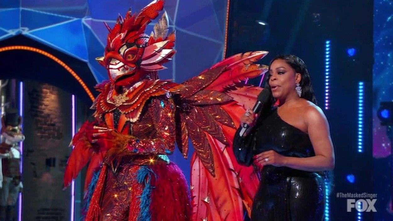 Dezvăluire uluitoare la The Masked Singer SUA. Cine se află în spatele măștii Pasărea Pheonix