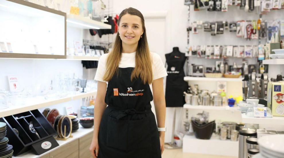 """Olga, angajata care a dat dovadă de o comunicare foarte bună cu clienții. """"De astfel de oameni am nevoie"""""""