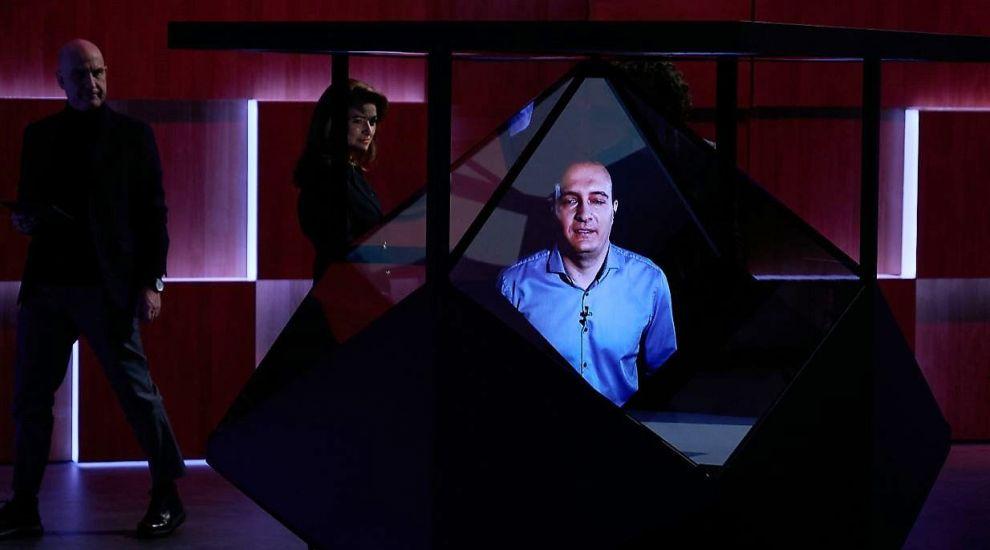 VIDEO Alex Roibu, apariție neobișnuită la Imperiul Leilor. Antreprenorul hologramelor a crezut în afacerea lui