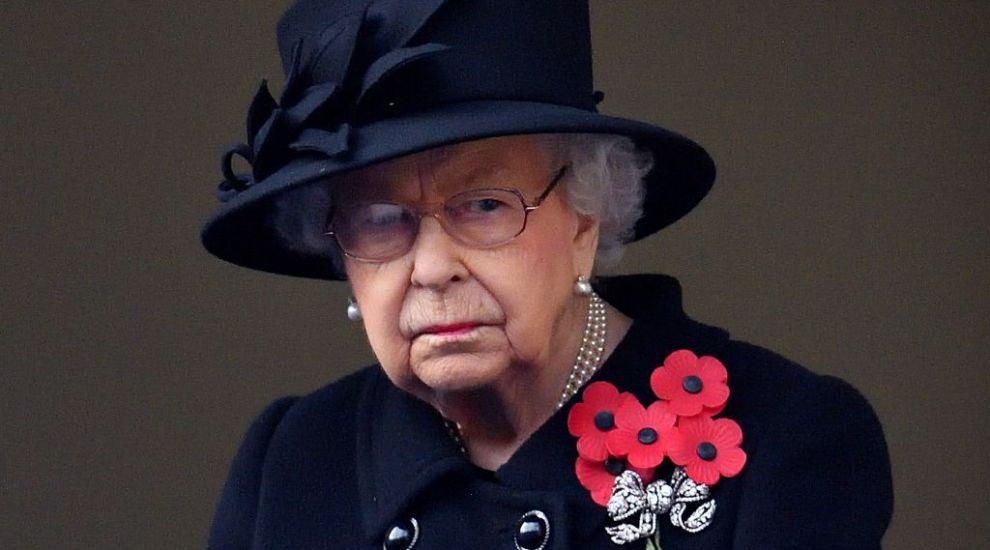 Decizia fără precedent a Reginei care sfidează protocolul și care-l vizează direct pe Prințul Harry