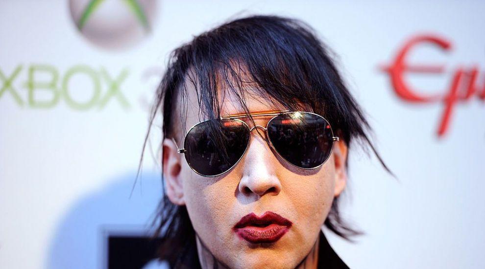 """O fostă iubită a lui Marilyn Manson: """"Am supraviețuit unui monstru"""". La ce chinuri o supunea artistul"""