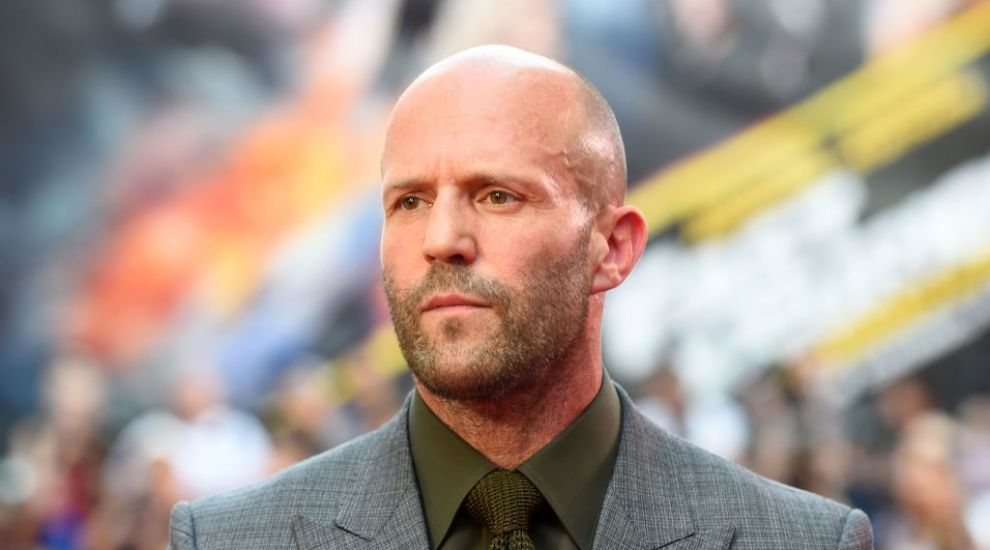 Un thriller de acţiune, cu Jason Statham în rolul principal, a ajuns în fruntea box-office-ului nord-american