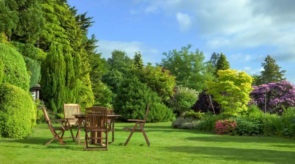 Grădina de vis există! Idei pentru amenajarea spațiului de relaxare în curtea casei tale