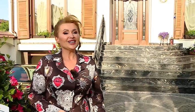 """Casa cântăreței Gabi Nistor, o adevărată comoară. """"În tot am pus suflet, pentru că toate obiectele sunt alese de mine"""""""