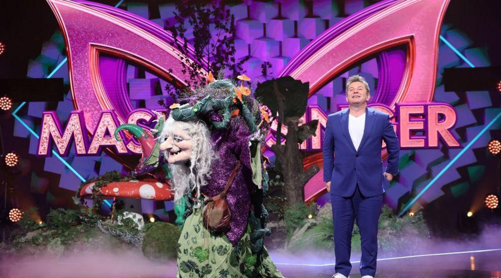 Muma Pădurii a creat confuzie pe scena Masked Singer România. Detectivii nu știu dacă e femeie sau bărbat
