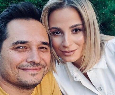 """Mahai Rait, în vacanță la Roma, împreună cu soția. Reacția fanilor: """"Sunteți superbi"""""""