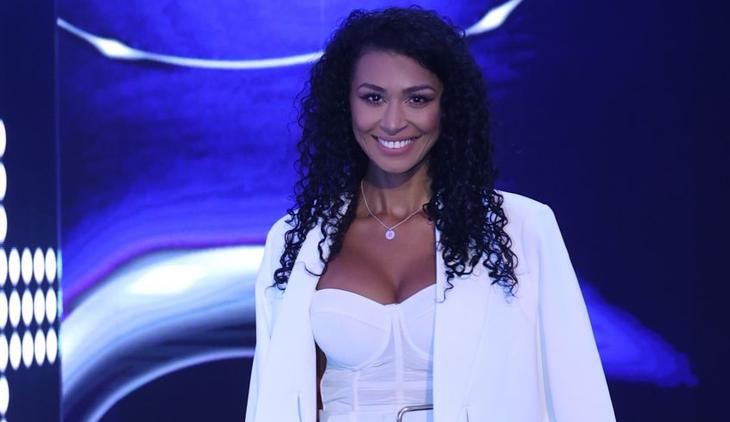 Majda Aboulumosha a plecat deja spre Istanbul și se pregătește pentru premiera emisiunii Femeia Alege