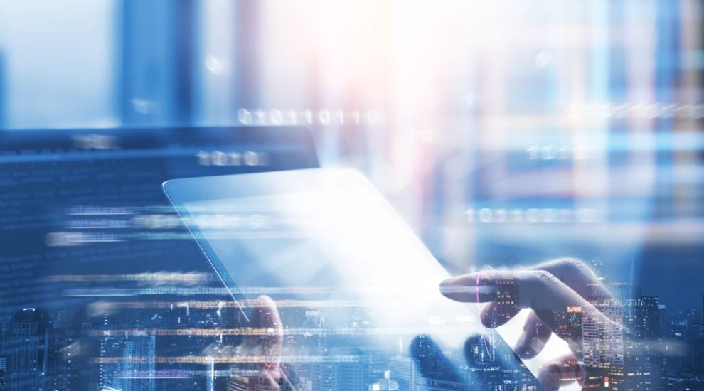 (P) 5 idei de aplicații software la locul de muncă pentru a spori performanța angajaților