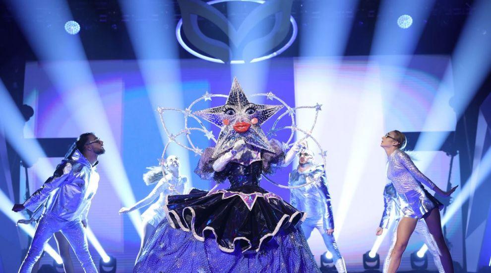 """Steaua i-a vrăjit pe detectivii Masked Singer cu momentul ei! Inna: """"Wow, cât de tare e!"""""""