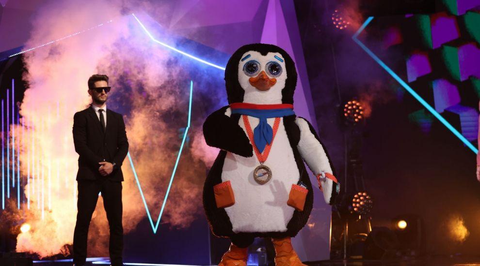 """Pinguinul face dezvăluiri impresionante la Masked Singer: """"M-am spălat la lighean, cu săpun de casă și apă de ploaie"""""""