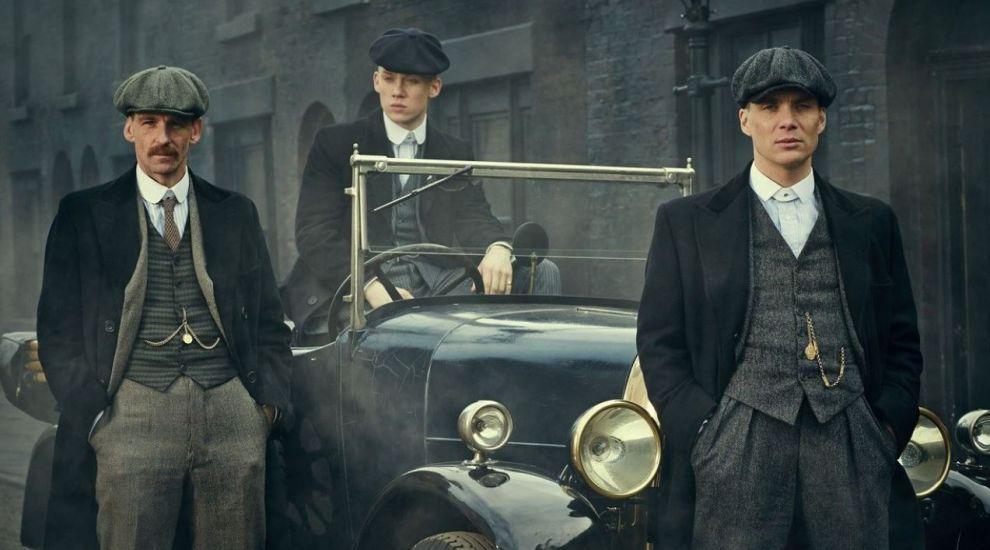 Serialul Peaky Blinders se va termina la sezonul 6, dar urmează filmul cu același nume
