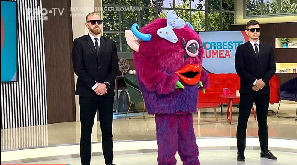 Cel mai nou personaj Masked Singer, în vizită la Vorbește lumea! Ce indicii a oferit Lady Monster telespectatorilor
