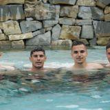 Romania U21, imagini de colectie. Antrenament in piscina si pe nisip pentru elevii lui Radoi in cantonamentul pentru EURO