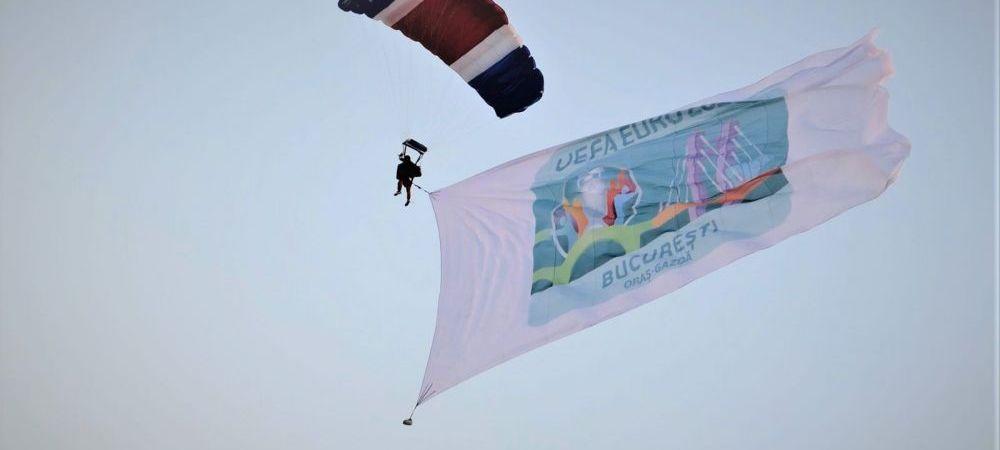"""AMR 300 zile. Steagul """"Bucuresti EURO 2020"""" a aterizat pe Aeroportul Baneasa"""