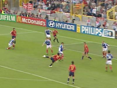Golul care a facut Spania MARE inaintea tiki-taka! Faza care a aruncat o tara intreaga in picioare la Euro! VIDEO