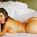 AOLEU, DEMI! Bruneta sexy a renuntat la HAINE pentru un concurs in care le ofera fanilor 5000 de dolari