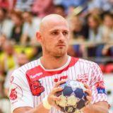 Un handbalist din Romania, ACUZAT de TRAFIC DE DROGURI! Perchezitii DIICOT la domiciuliul sportivului: aproximativ 700 grame de cannabis au fost ridicate
