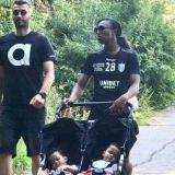 Handbalista Siraba Dembele, noua STEA a CSM-ului, la plimbare cu gemenii. Sotul fotbalist a jucat cu STEAUA in Liga Campionilor