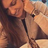 Simona Halep da ORA EXACTA! E imposibil sa greseasca cu asemenea ceasuri! :) Colectia IMPRESIONANTA pe care o detine: valoreaza o AVERE