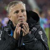 """Petrescu a gasit SOLUTIA din aparare pentru meciul cu Roma: """"Au 6 fundasi, nu ne dau si noua doi?!"""" :) Ce le-a promis jucatorilor in cazul in care vor inscrie"""